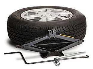 Roadside Assistance Studio City - Tire Change